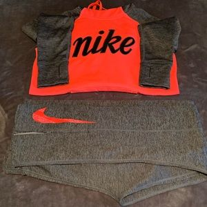 Nike therms -fit hoodie and sweat pants set